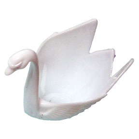 Click for larger picture of WHITE SWAN FAVOR PARTY SUPPLIES